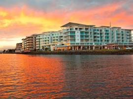 Ramada Hotel & Suites by Wyndham Ballina Byron, hotel near Ballina Byron Gateway Airport - BNK,