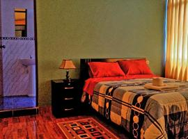 Hostal Los Pinos, guest house in Huancayo