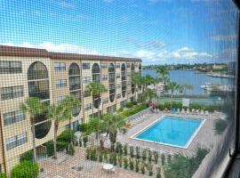 Anglers Cove E-504, holiday home in Marco Island