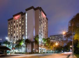 Hampton Inn Ft. Lauderdale/Downtown Las Olas Area, отель в Форт-Лодердейле