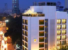 The Shalimar Hotel, Kemps Corner, hotel near Hanging Gardens, Mumbai
