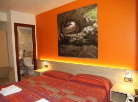 Hostal Acella, hôtel  près de: Aéroport de Pampelune - PNA