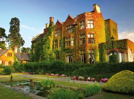 Pennyhill Park Hotel and Spa, hotel in Bagshot