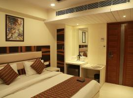 Hotel Shanti Plaza - A well Hygiene property, hotel in New Delhi