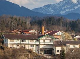 Chiemgau Hotel Viktoria, Hotel in Bergen