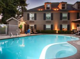 Best Western Heritage Inn - Bellingham, hotel near Bellingham International Airport - BLI,