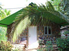 Jungle Book Resort, hotel near Dudhsagar Falls, Collem