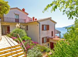 Apartments Rabac 981, pet-friendly hotel in Rabac