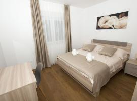 LCT Apartment Laura, luxury hotel in Omiš