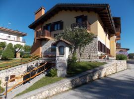 Hotel Altopiano Delle Rocche, hotel near Campo Felice, Rocca di Mezzo