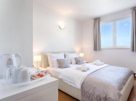 Adriatic Queen Villa, hotel in Split