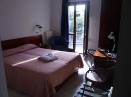 Hotel L'Ancora, hôtel à Santa Teresa Gallura près de: Golf de Sperone