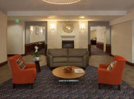 Homewood Suites by Hilton San Antonio North, hotel near Six Flags Fiesta Texas, San Antonio