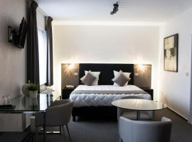 Hotel Adoma, hotel in Gent