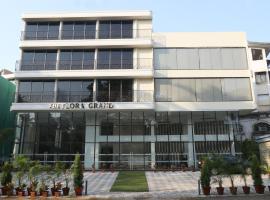 The Flora Grand, hotel in Vasco Da Gama