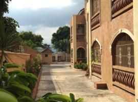 Sandringham Av, apartment in Kingston