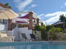 Casa Luz del Faro Bed & Breakfast, hotel dicht bij: El Chaparral Golf Club, Mijas Costa