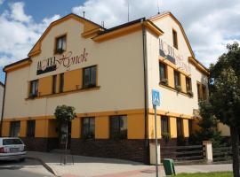 Hotel Hynek – hotel w mieście Náchod