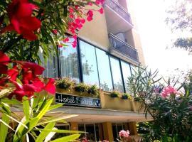 Hotel Sara, hotel a Cesenatico