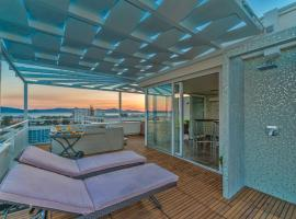 Sunset Penthouse Apartment With Jacuzzi, hotel in Zadar