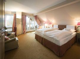 Romantik Hotel Hof zur Linde, отель в Мюнстере