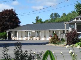 Boathouse Country Inn, hotel near 1000 Islands Skydeck, Rockport