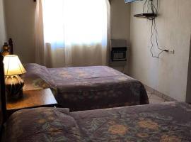 Hotel Puesta del Sol, hotel en Creel