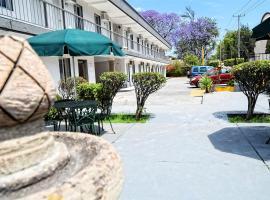 Expo Hotel Guadalajara - Zona Expo frente al Centro de Convenciones, hotel en Guadalajara