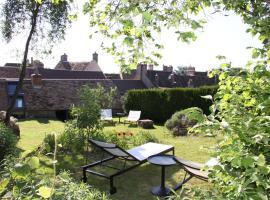 L'Hibernie, self catering accommodation in Rochefort-en-Yvelines