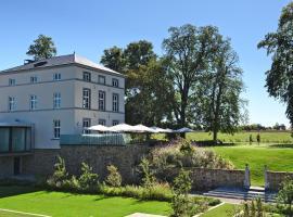 Naxhelet, hotel near Castle of the Counts of Marchin, Wanze