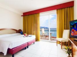 Piccolo Hotel, hotell i Diano Marina