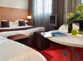 Villathena, hotel near L'Olympia, Paris