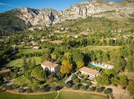 La Bastide De Moustiers - Les Collectionneurs, accessible hotel in Moustiers-Sainte-Marie