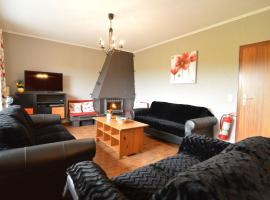 Cozy Holiday Home with Sauna in Waimes, hotel in Waimes