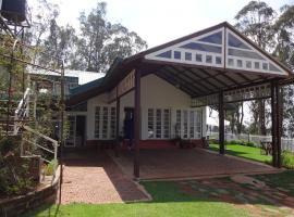 Irinjalakuda House, room in Ooty