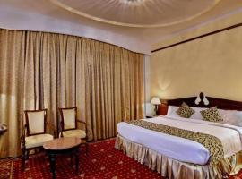 Holiday Regency, hotel in Morādābād