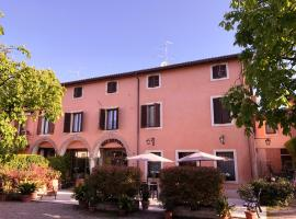 Corte Malaspina, hotel a Castelnuovo del Garda