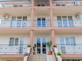 Hotel Coralis 2, hotel in Eforie Nord