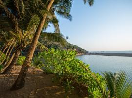 Blue Lagoon Resort Goa, resort in Cola