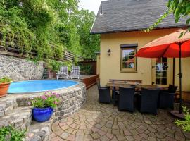 Luxurious Holiday Home in Gernrode Harz near Lake, hotel in Bad Suderode