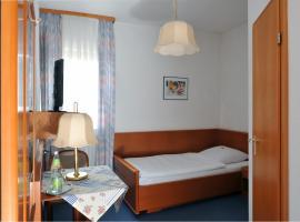 Hotel Grüner Baum, hotel near Schloß Weißenstein, Pommersfelden