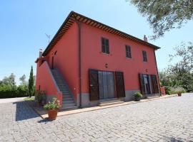 Tuscan Farmhouse near Marina di Montalto for Agritourism, hotel in Montalto di Castro