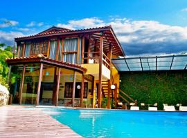 Hotel Casa Encantada, guest house in Penedo