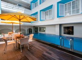 Yan's House Hotel, hotel in Kuta