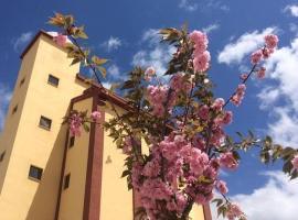 Mirador El Silo, hotel in Bello