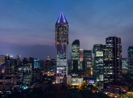 JW Marriott Shanghai at Tomorrow Square, hotel near Shanghai Museum, Shanghai