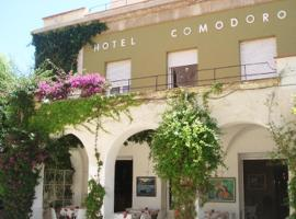 Hotel Comodoro, hotel in Portbou