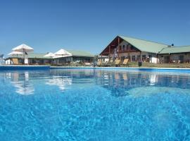 Los Naranjos Resort & Spa Termal, hotel en Termas del Daymán