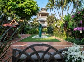 Chakrabongse Villas, hotel in zona Tempio del Buddha di smeraldo (Wat Phra Kaew), Bangkok