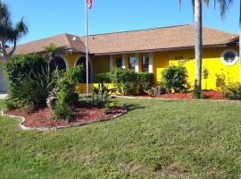 Villa Flannie, Ferienunterkunft in Cape Coral